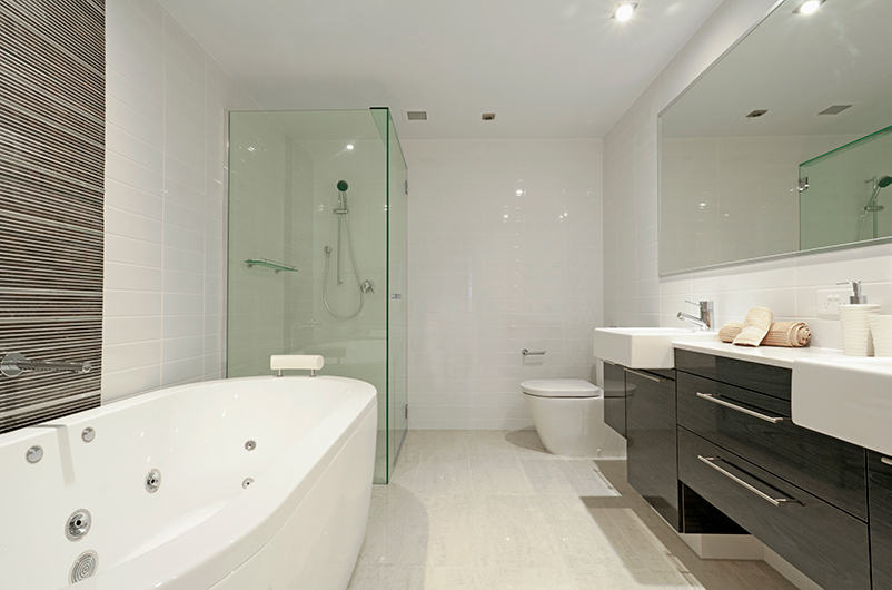 Modern bathroom in a minimalistic style. Building services by Studio Charrette.
